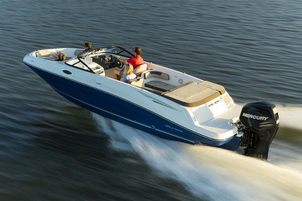 Bayliner VR6 Bowrider OB Manufacturer Provided Image