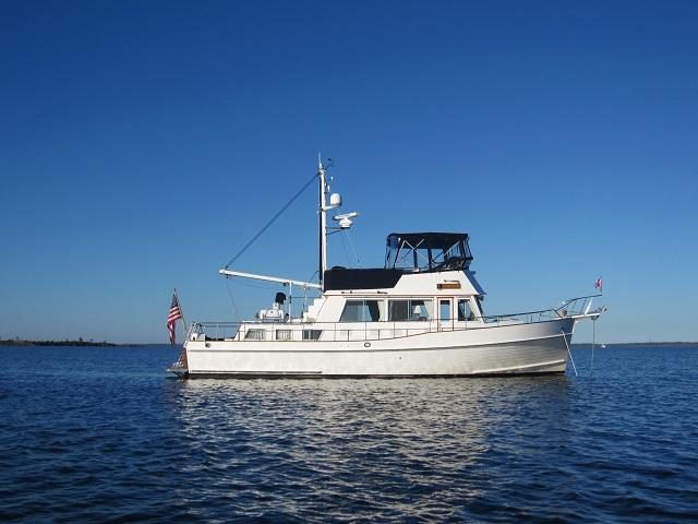 Grand Banks 42 Classic Last Hurrah stbd profile web3.jpg