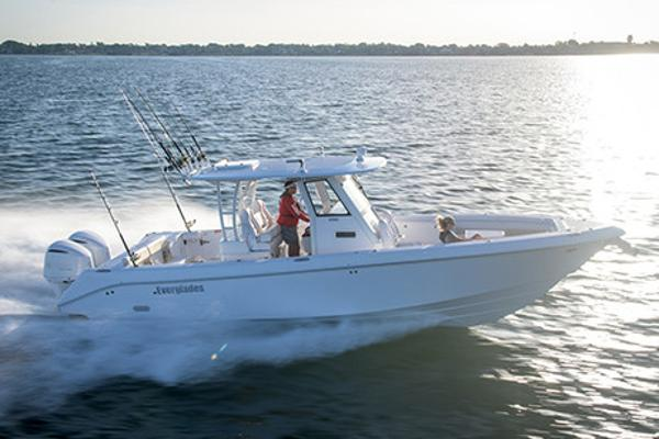 Everglades 335 Center Console Manufacturer Provided Image