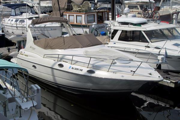 Cruisers 3075