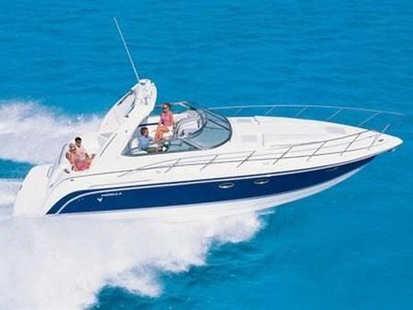 Formula 37 Cruiser Fun lifestyle of boating