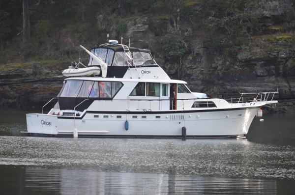 Hatteras Yacht Fisherman