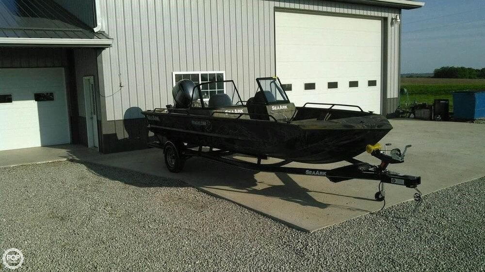 Seaark ProCat 200 2015 Sea Ark ProCat 200 for sale in Higbee, MO