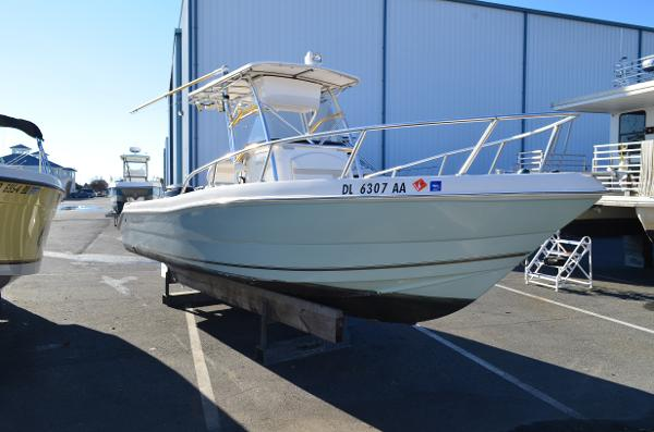 Sea Quest  2450 BW 2006 PRO SPORTS SEAQUEST 2450 BW - STARBOARD VIEW
