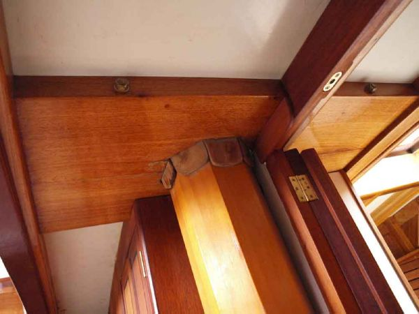 Classic Pilot Cutter mast internal collar