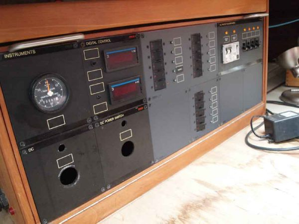 Classic Pilot Cutter electric panel