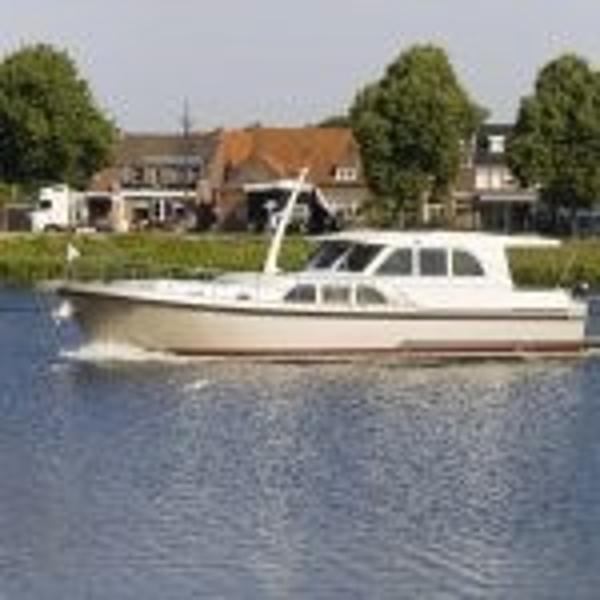 Linssen 470 Sedan Wheelhouse