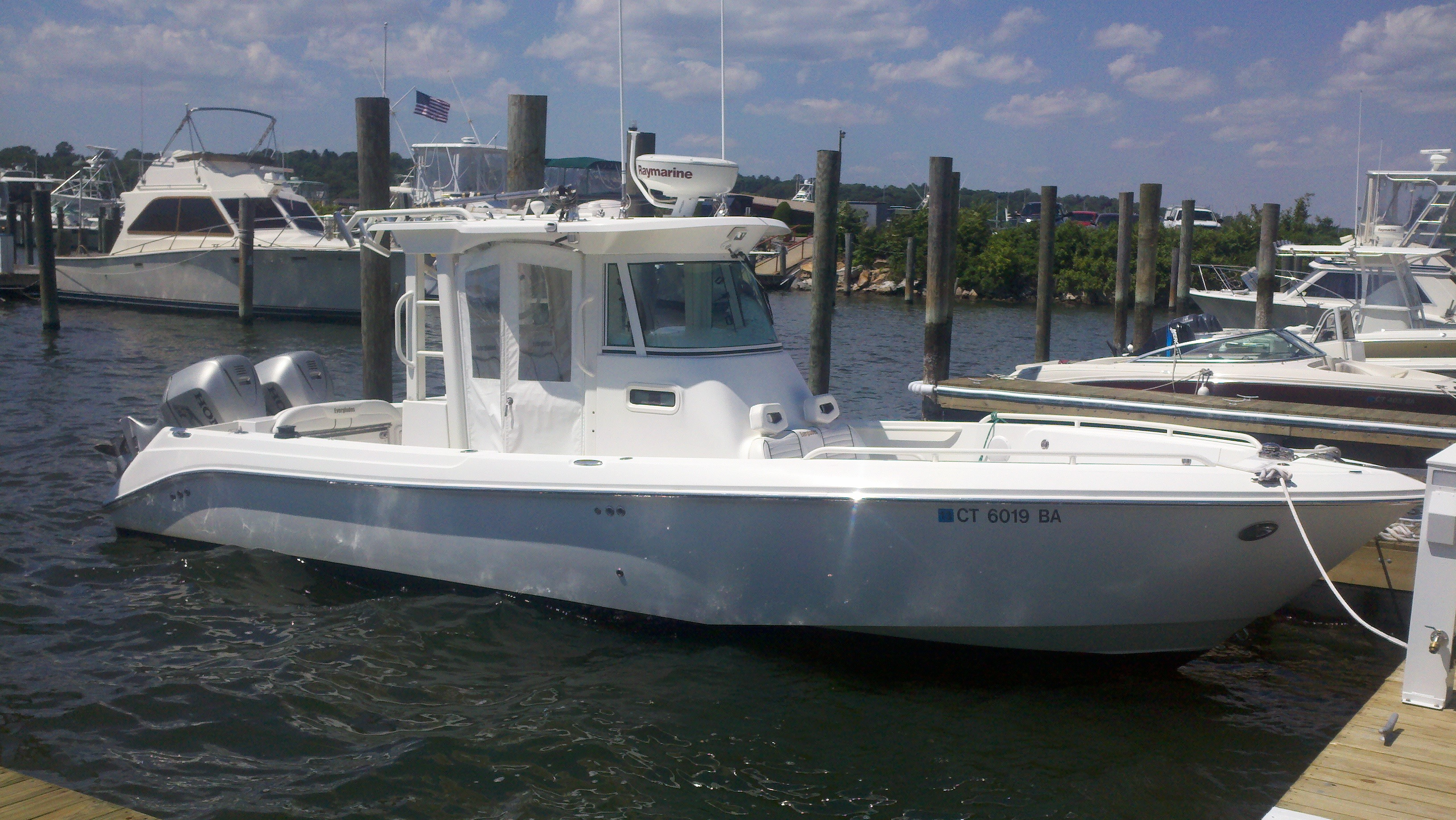 Everglades 290 Pilothouse