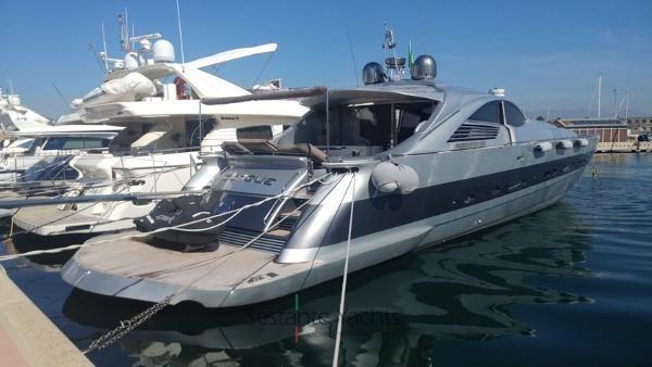 Pershing 88 Pershing 88 HT (1) Sestante Yachts brokerage company