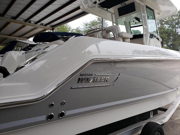 Boston Whaler 250 Outrage boats for sale - boats com