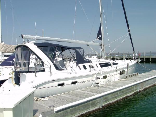Hunter 410 DOCKSIDE