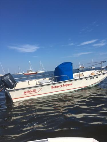 Boston Whaler MONTAUK WITH LOAD RITE TRAILER 1990 BOSTON WHALER 17'