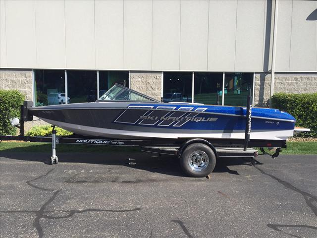Correct Craft Ski Nautique 200 CB
