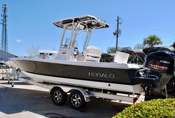 Robalo 246 Cayman Bay Boat 2017-ROBALO-246-CAYMAN-BAY-BOAT-CENTER-CONSOLE