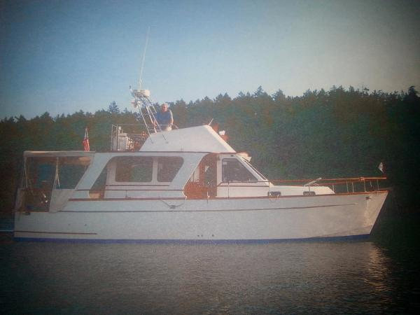 Sea Quest 39 Europa with Bowthruster