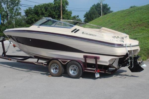 89 celebrity boat for sale