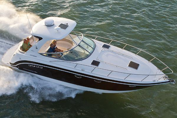 Chaparral 370 Signature Manufacturer Provided Image