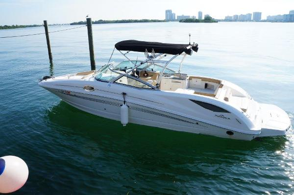 Sea Ray 300 Sundeck Sea Ray 300 Sundeck 30