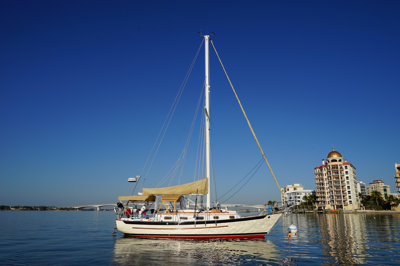 Pacific Seacraft Crealock 31