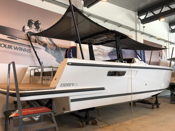 Fjord 36' Open