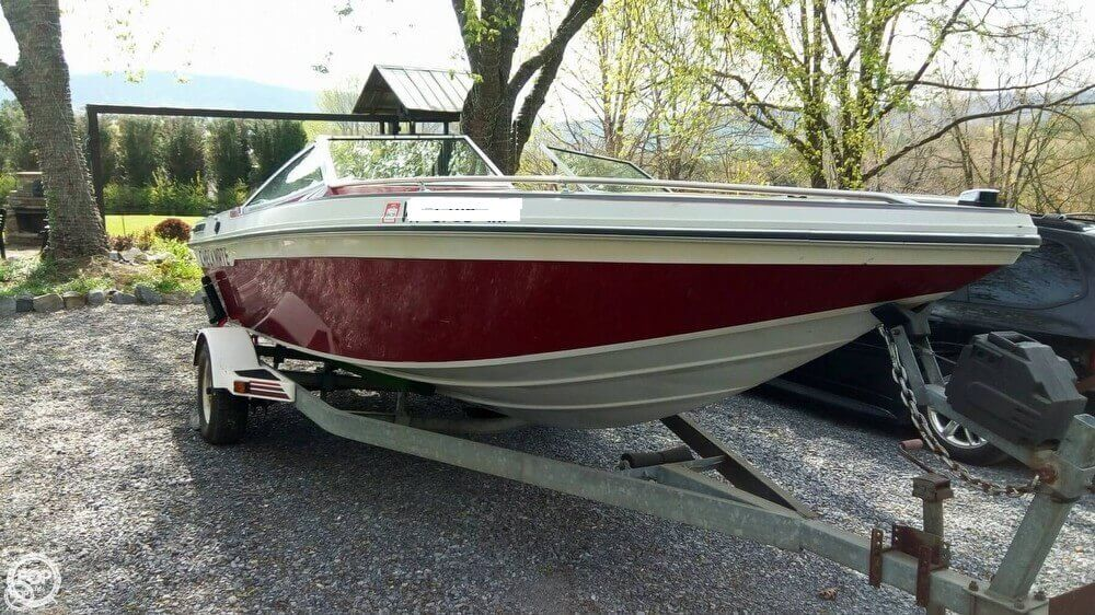 Checkmate Boats Inc 18 Diplomat 1987 Checkmate 18 for sale in Blue Ridge, VA