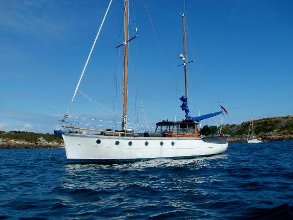 Traditional Norman Dallimore Ketch Traditional Norman Dallimore Ketch
