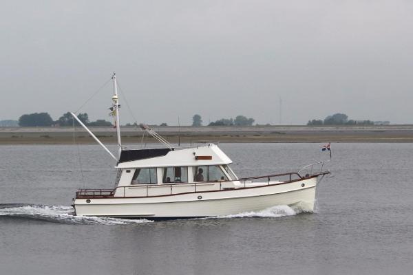 Grand Banks 36 sedan riviera Grand Banks 36 sedan riviera 1987