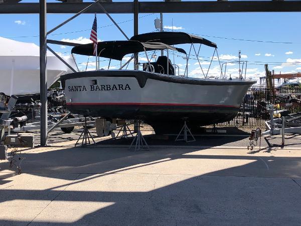 Willard Marine 10 Meter Launch
