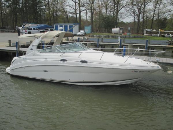 Sea Ray 280 Sundancer Starboard Bow