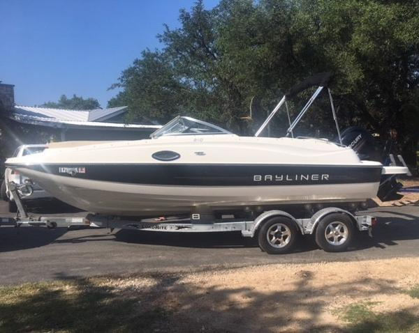 Bayliner 210 Deck Boat The 2014 Bayliner 210 DB!