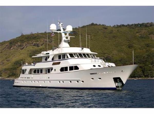Sterling 140 tri deck side profile