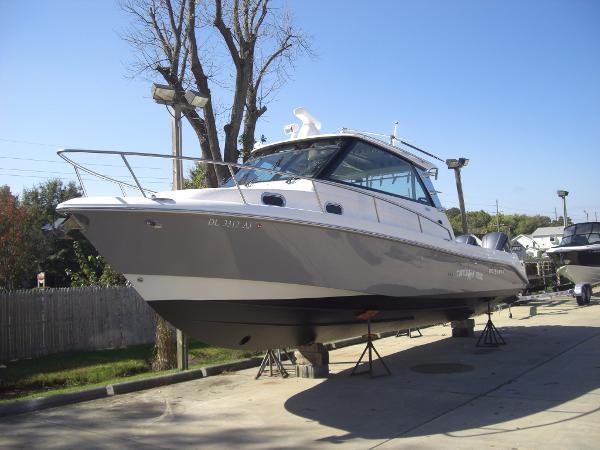 Everglades Boats 350EX