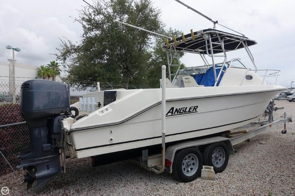 Angler Boats 2550 Walkaround 2001 Angler 2550 Walkaround for sale in Lake Worth, FL