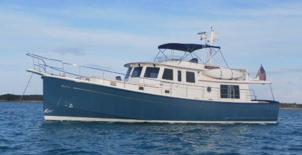 Krogen Express 52 Electra at Anchor