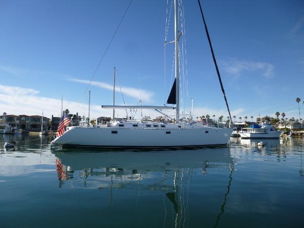 Beneteau 5100 Oceanis On the Mooring 1
