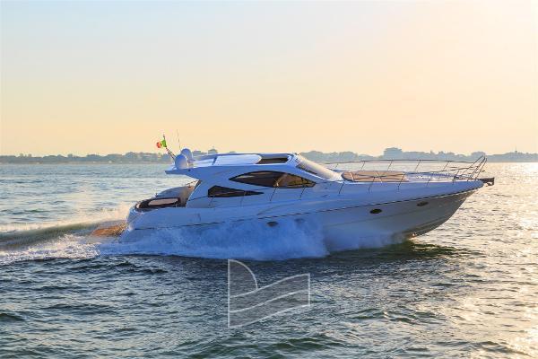 Custom Innovazioni Progetti Yachts IPY 53 HT 1