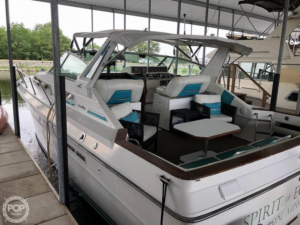 Sea Ray 390 Express Cruiser 1988 Sea Ray 390 Express Cruiser 2005 Mercruisers for sale in Jackson, MS