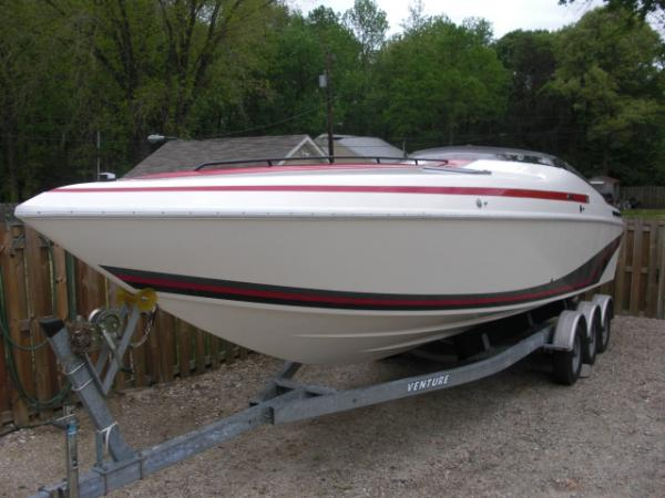Baja 320 Port Bow