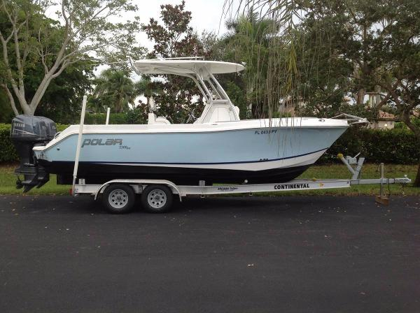 Polar Boats 2300 Center Console 2005 Polar 2300 Center Console