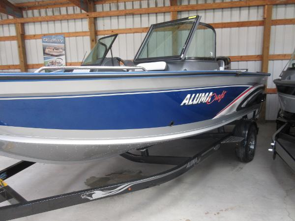 Alumacraft Trophy 185 Sport
