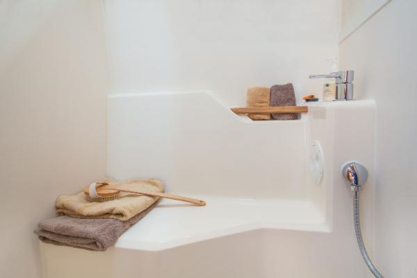 Hanse 505 Shower