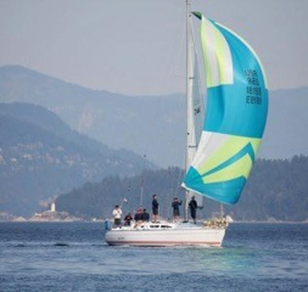 Classic Plastic: 10 Affordable Used Sailboats for Cruising ...   600 x 569 jpeg 28kB