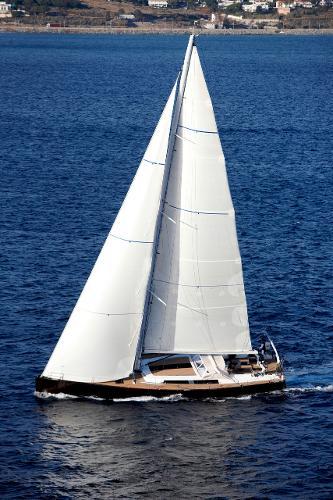 Hanse 630e Sailing