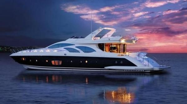 Azimut 98 Leonardo Azimut 98 Leonardo - YEAR 2006 - Blu Yachts