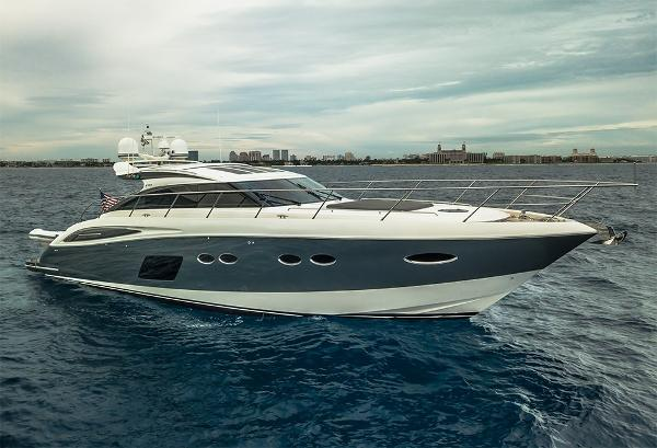 Princess V62-S STBD profile