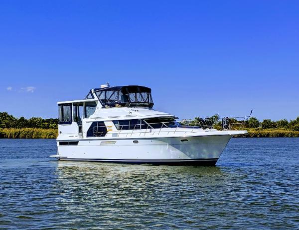 Carver 440 Aft Cabin Motor Yacht Arts Ark 44' Carver Aft Cabin 1994