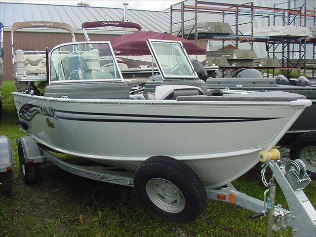 crafts to sell 2008 lund 1775 classic sport oakland maine boats 1775