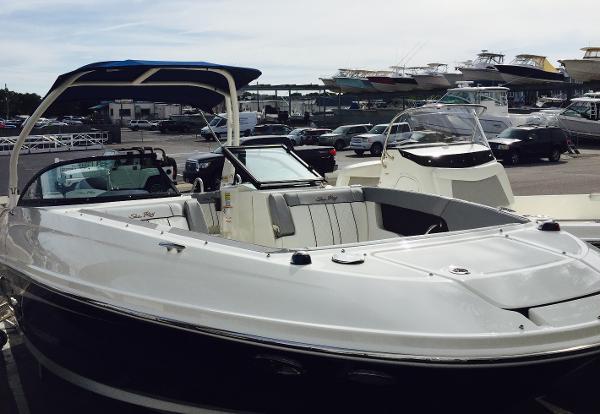 Sea Ray SDX 240 OB