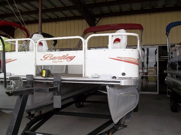 Bentley Pontoons 220/223 Fish