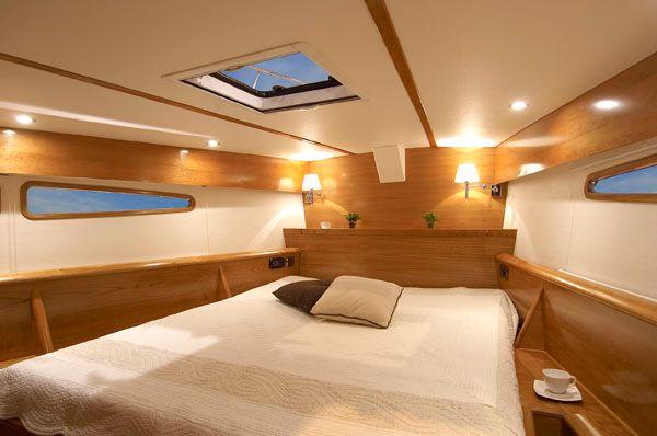 Feeling 55 Master Cabin